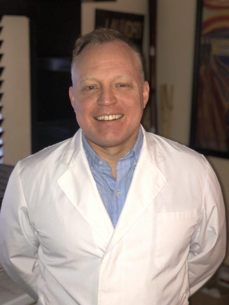 Dr Wayne